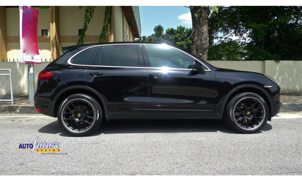 bbs feature bbs ch r ii equipped on a porsche cayenne. Black Bedroom Furniture Sets. Home Design Ideas