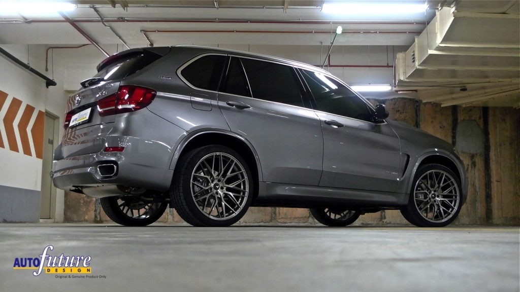 BMW X5 xDrive40e Hybrid Equipped With Vorsteiner's v-FF 107's