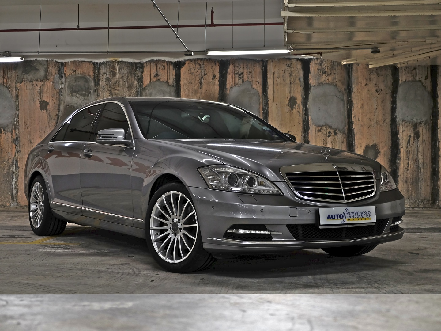 turning up the heat mercedes benz w221 s class equipped with