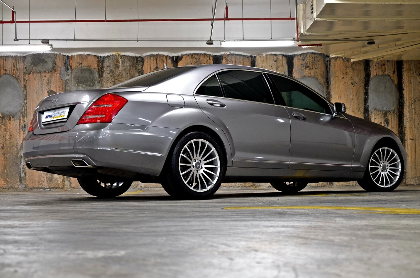 Turning up the heat mercedes benz w221 s class equipped for Mercedes benz s class rims