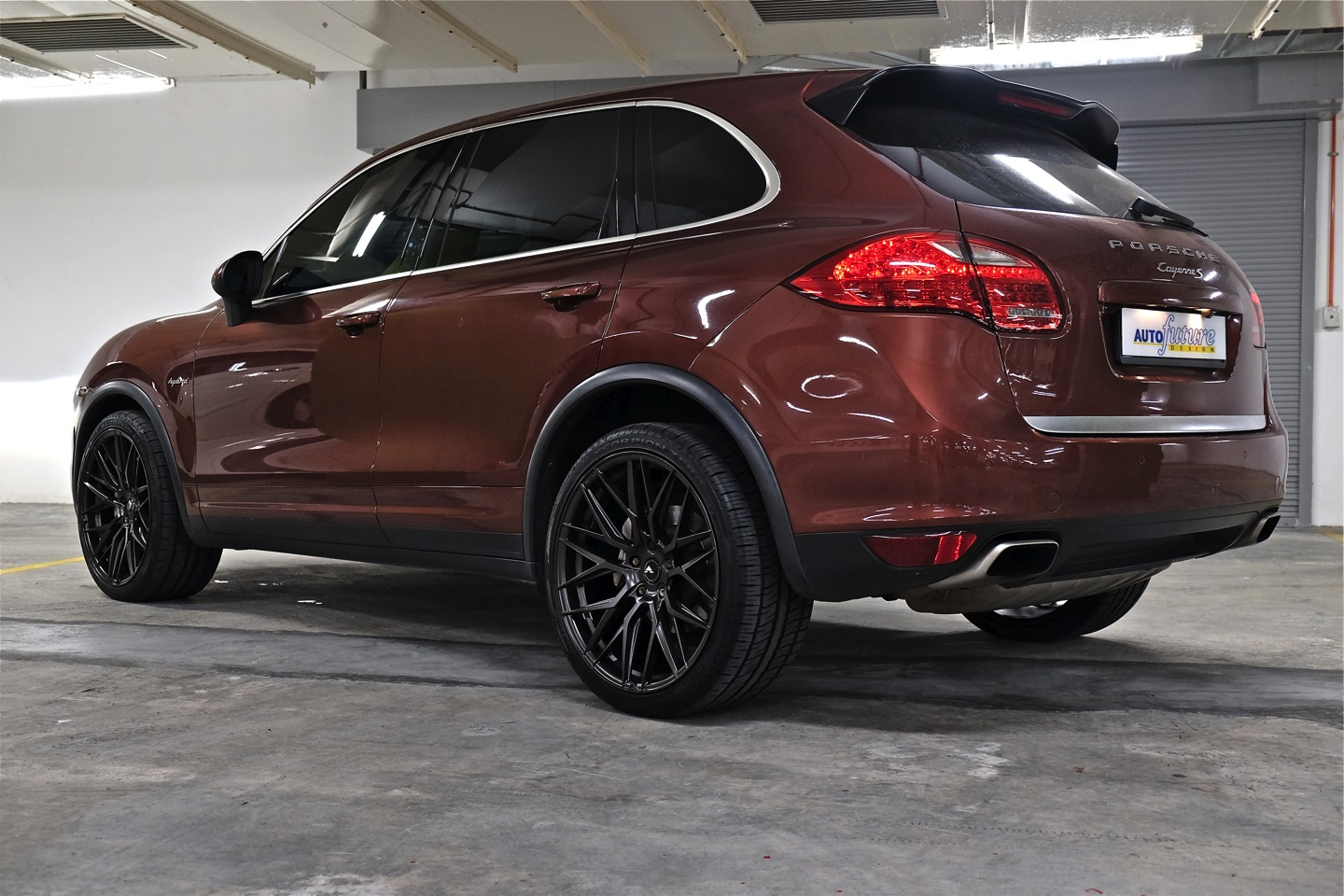 phase one porsche cayenne s hybrid featuring vorsteiner v ff 107 wheels autofuture design. Black Bedroom Furniture Sets. Home Design Ideas