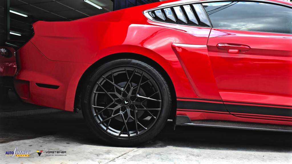 Ford Mustang-6